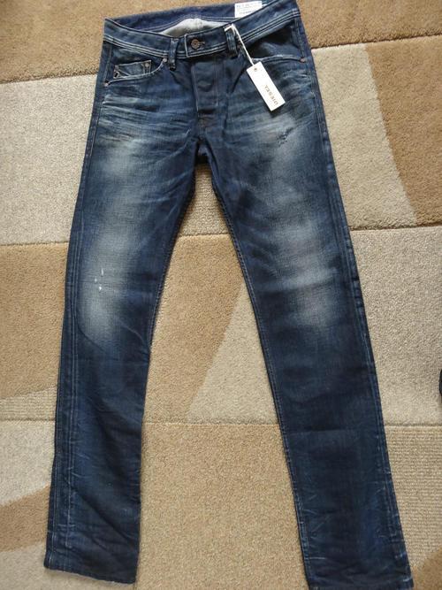 5ff6455e Diesel Mens jeans **Darron** 0880F 29 waist 34 leg slim tapered fit