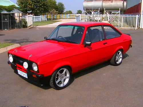 ford ford escort mkii 1600 sport was listed for r180. Black Bedroom Furniture Sets. Home Design Ideas