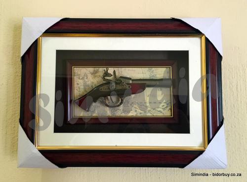 Photo Frames - New Arrival - Replica Vintage Gun Frame for Wall ...