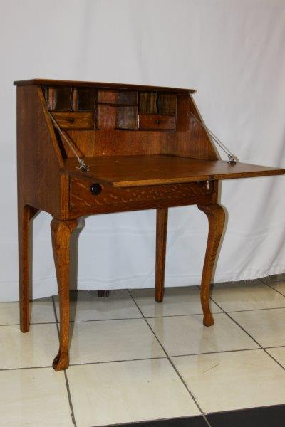 AN EXQUISITE SOLID OAK WRITING DESK WITH FOLD DOWN TOP & DRAWERS - GORGEOUS  ANTIQUE FURNITURE!!! - Desks - AN EXQUISITE SOLID OAK WRITING DESK WITH FOLD DOWN TOP