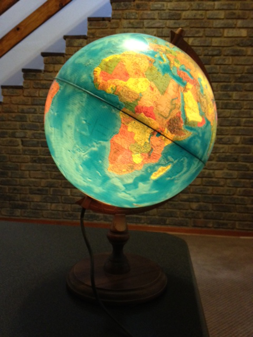 Globe Lamp.