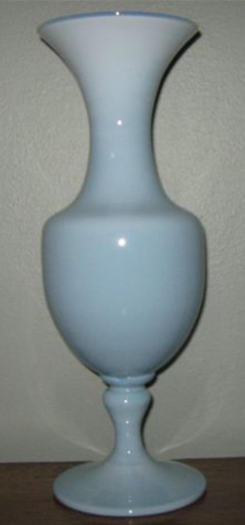 Vases R100 Start Tall And Elegant Glass Vase In Duck Egg Blue