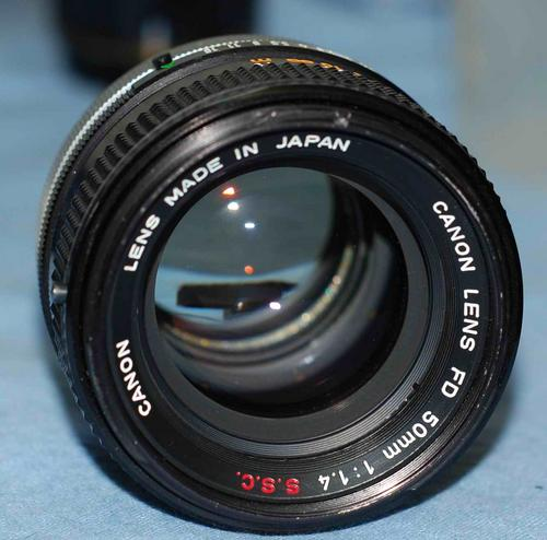 lenses canon fd 50mm f1 4 ssc lens was sold for. Black Bedroom Furniture Sets. Home Design Ideas