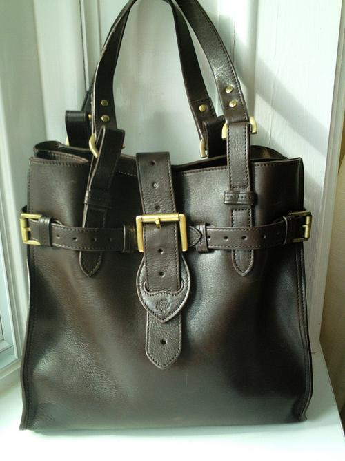 8fa29d8b63 ... order stunning mulberry elgin bag in darwin leather. great size for  office as can easily