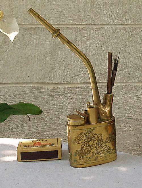 VINTAGE LOOKING SOLID BRASS~TRADITIONAL CHINESE SMOKING PIPE~OPIUM?