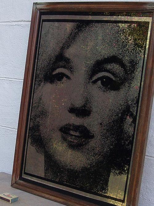 Advertising Gorgeous Vintage Mirror Display Depicting