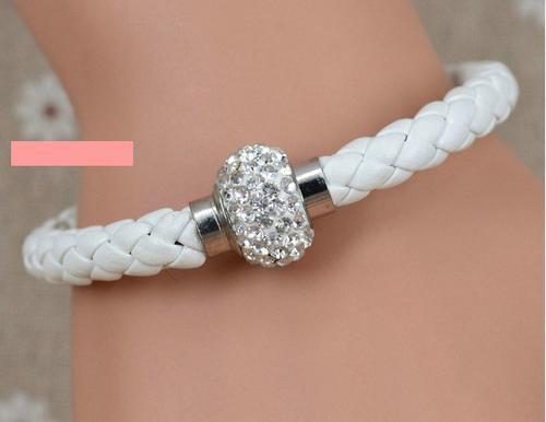 Белый кожаный браслет своими руками