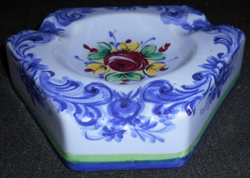 Hand Painted Vestal Alcobaca Pottery Ashtray