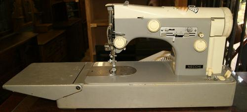 Sewing Machines Amp Overlockers Vintage Necchi Supernova