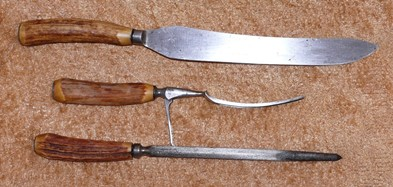 Cutlery Vintage Bone Handle Carving Knife Fork And Sharpener Set Was Sold For R99 00 On 8 Apr At 15 31 By Goatie9 In Pietermaritzburg Id 140957668
