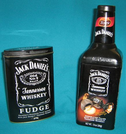 bar accessories 2 collectable jack daniel 39 s tins was sold for on 16 feb at 21 01 by. Black Bedroom Furniture Sets. Home Design Ideas