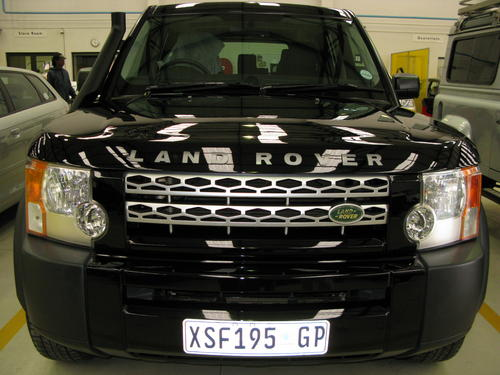 body kits land rover discovery 3 facelift was sold for. Black Bedroom Furniture Sets. Home Design Ideas