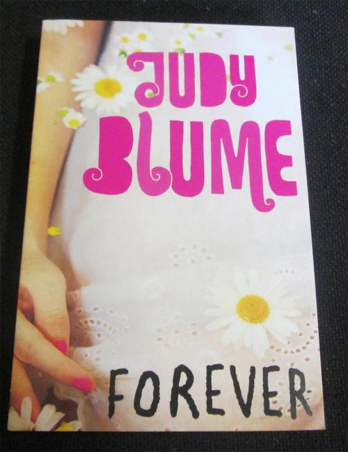 Forever by Judy Blume - Rare Vintage 1976 Paperback - Pocket Books