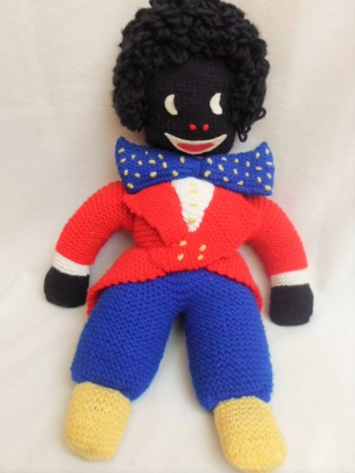 Vintage Toys A Vintage Hand Knitted Golliwog Was Sold For R6500