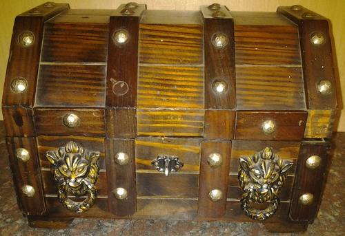 Bar Accessories Vintage Wood Medieval Treasure Chest