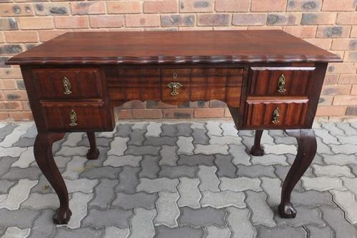 Other Antiques Collectables Awesome 1940 S Las Kneehole Imbuia Ball Claw Linen Fold Desk In Perfect Condition Was Sold For R3 500 00 On 19 Dec At