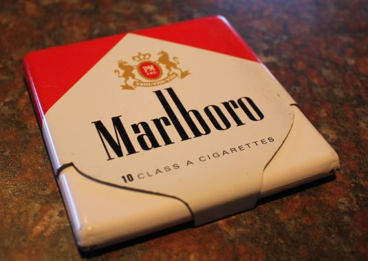 Marlboro cigarettes buy in London