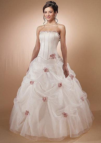 Wedding Dresses - Custom Made Wedding Dress was listed for R2 ...