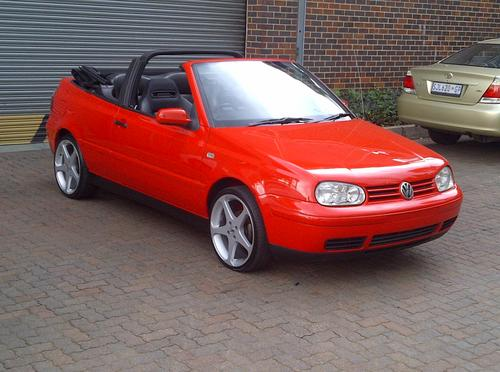 Volkswagen 1998 Vw Cabriolet Golf 20l Electric Roof Immaculate 18