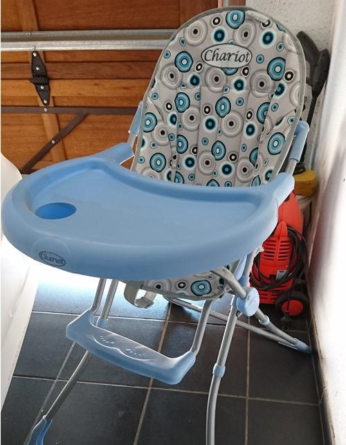 high chairs booster seats chariot high chair was sold for r400