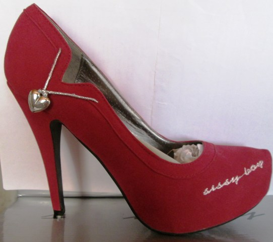 6d2013166c04 Other Women s Shoes - Ladies sissy boy red with heart heel shoes size 6 -  FREE POSTAGE IN SOUTH AFRICA was sold for R330.00 on 6 Dec at 05 31 by Da  Funk ...