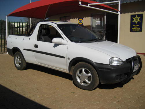 opel opel corsa bakkie 1 6is 1998 model very good cond was listed for r37 on 9 sep at. Black Bedroom Furniture Sets. Home Design Ideas