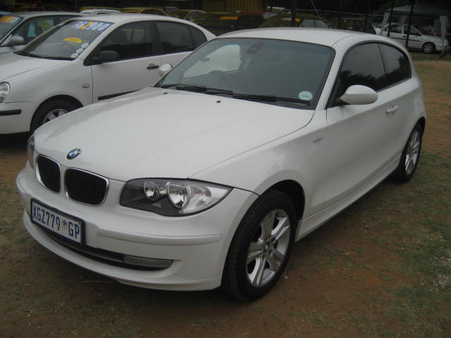 bmw bmw 116i 2008 model immaculate cond manual full. Black Bedroom Furniture Sets. Home Design Ideas