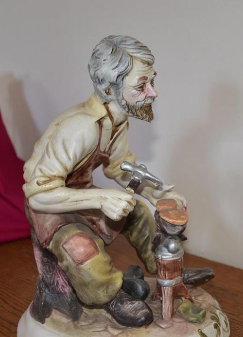 porcelain ceramic stunning italian capodimonte cobbler