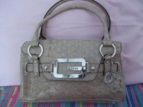 d79224811ba1 Handbags   Bags - GENUINE GUESS BAG BOUGHT FROM EDGARS was sold for ...