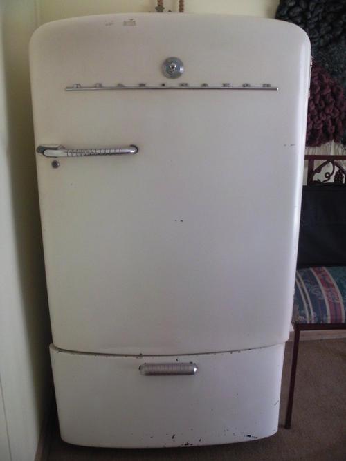 Other Furniture Kelvinator Fridge Was Listed For R1 500