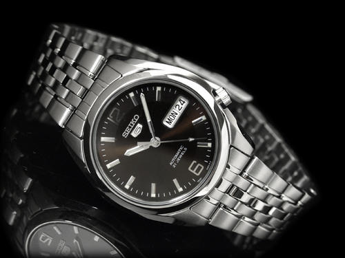 Clearance Sale Seiko 5 Automatic 21 Jewels Black Face Day Date Display Mens Watch