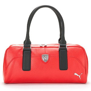 a9967f664bc6 This stylish Ferrari bag maed by Puma is a trendy accessory that  distinguishes itself for its highly practical features