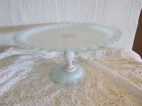 Crockery stunning milk colored glass cake stand with for Colored glass cake stand