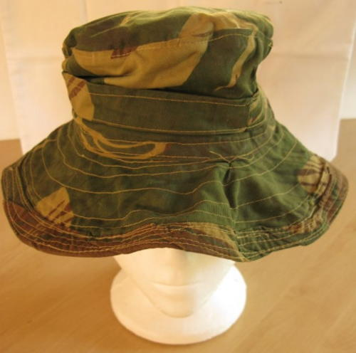 RHODESIA - CAMO BOONIE HAT INSIDE RING MEASURES 53CM. THIS BUSH HAT COMES  WITH A BIGGER THAN NORMAL f124ee2945b