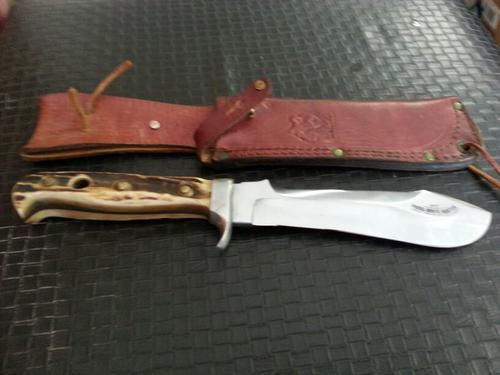 Mukharji dating puma white hunter knife