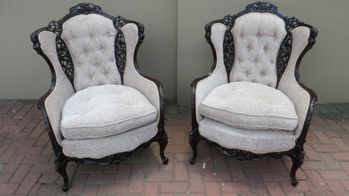 Merveilleux BEAUTIFUL PAIR OF CARVED VICTORIAN WINGBACK CHAIRS WITH STUNNING MOTIFS***  BID IS PER CHAIR***