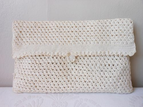 Knitting Pattern Makeup Bag : Handbags & Bags - *CLEARANCE SALE* VINTAGE CROCHET CREAM KNIT CLUTCH COSM...
