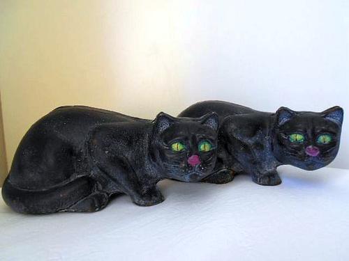 Amigurumi Black Cat Door Stopper : Metal - REDUCED BY 50 %! VINTAGE PAIR CAST IRON *BLACK CAT ...