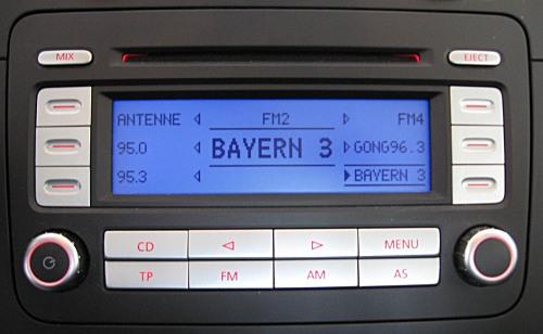car radios golf 5 gti original standard radio cd mp3 was listed for r3 on 5 feb at 17. Black Bedroom Furniture Sets. Home Design Ideas
