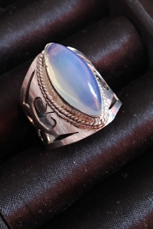 rings fabulous cr moonstone set in genuine imported 925
