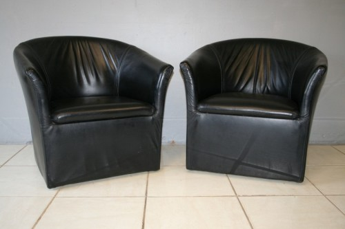 Sensational 2X Stunning And Very Stylish Black Genuine Leather Tub Chairs W Clean Uncomplicated Lines Bid Chair Squirreltailoven Fun Painted Chair Ideas Images Squirreltailovenorg