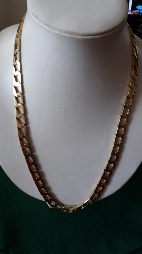 chains necklaces 9ct gold men 39 s neck chain. Black Bedroom Furniture Sets. Home Design Ideas
