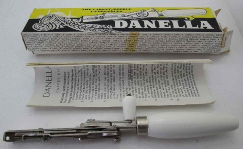 Vintage Danella The Carpet-Needle