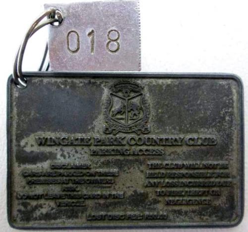 Vintage Metal Wingate Park Country Club Parking Access Disc - 8cm/5cm
