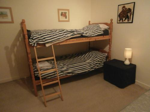 Beds bunk beds was listed for r2 on 19 dec at 14 for Second hand bunk beds
