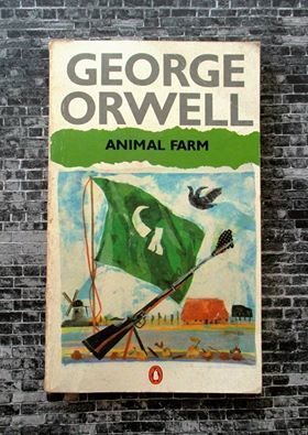 a plot summary of george orwells animal farm