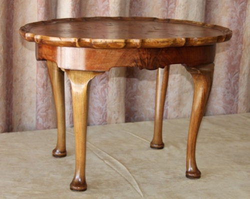 Tables A Stunning Antique Art Nouveau Scalloped Edge Walnut Burr Coffee Table W Beautiful