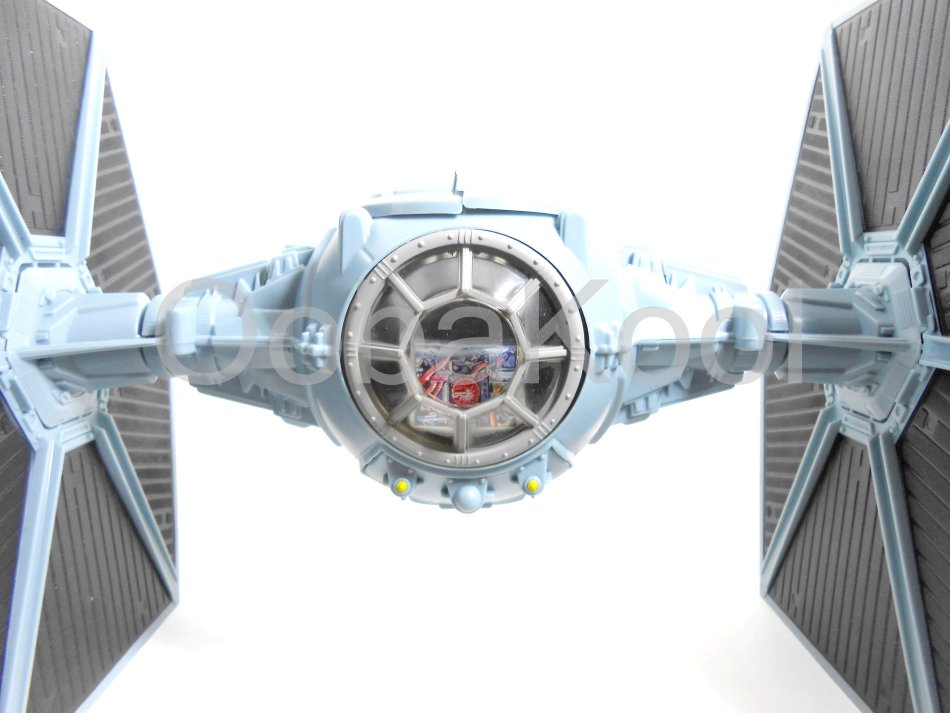 wars wars tie fighter with ejecting solar