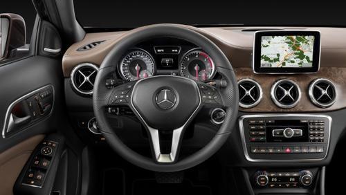 The GLA Mercedes Benz - Specs