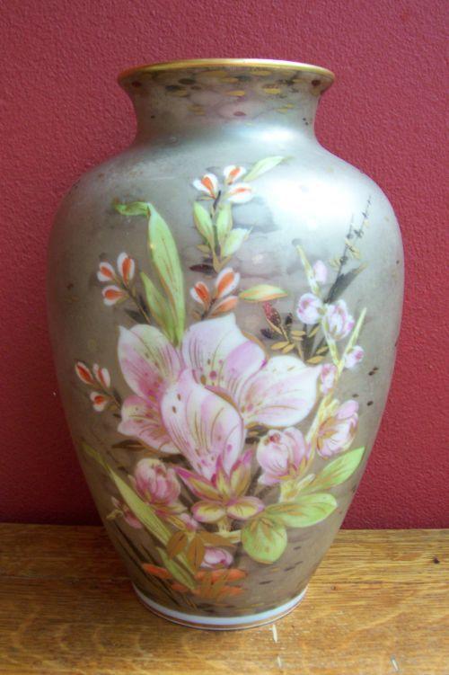 German Porcelain Stunning Rosenthal Vase Was Listed For R65000 On